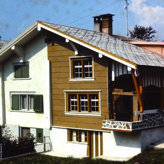 Haus Nievergelt, Loch