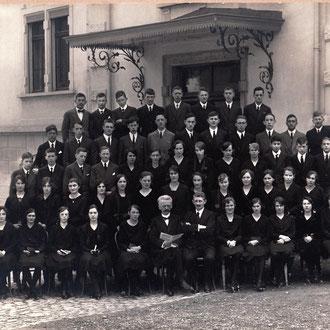 Konfirmanden Kirche Schwanden 1939