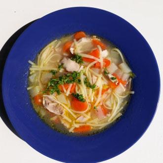 Rezept glutenfreie Nudelsuppe mit Huhn