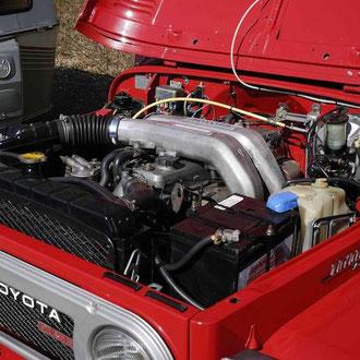 Und siehe da, ein 6 Zylinder Diesel im J4.