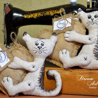 Валентинки-котята ручної роботи. Валентинки на фото є в наявності.