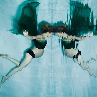 Außergewöhnliche Babybauch Fotos Unterwasser