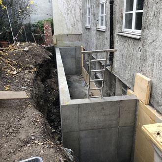 Bauen im Bestand, nachträglicher Einbau eines Kellerschachtes