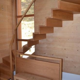 Treppe Eiche massiv modern mit Geländer