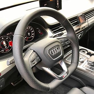 Volant Audi SQ7 cuir nappa lisse et perforé noir, point losange, fil noir