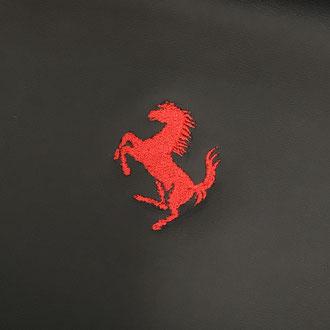 Broderie cheval cabré Ferrari