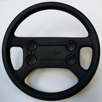 Volant VX Golf MK1 GTI cuir nappa noir, coutures rouges, gainage complet avant/arriere, points de croix