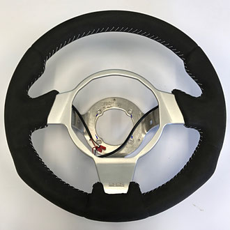 Volant Opel Speedster en Alcantara noir, couture blanche, point simple