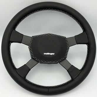 Volant VW Golf 1 GTI Oettinger cuir nappa lisse, point losange, fil gris, gainage partie centrale, marquage à chaud, peinture noir mat