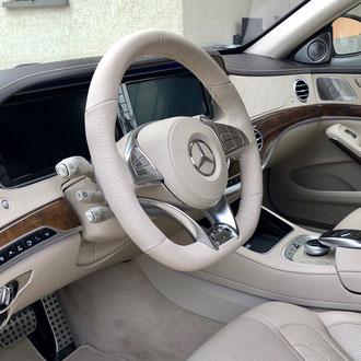 Volant Mercedes Classe S500 cuir nappa lisse et perforé beige, point losange, fil beige