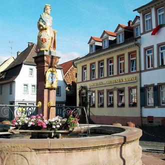 Wohnprojekt Holzapfel Groß-Umstadt Bietjungferbrunnen am Marktplatz