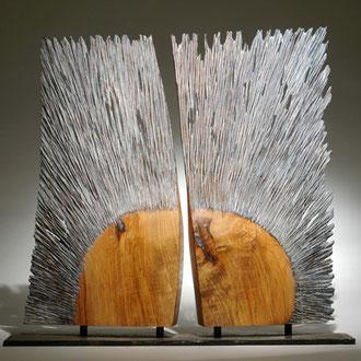 """""""Le baiser"""" Frêne - h 75 cm - 2009"""