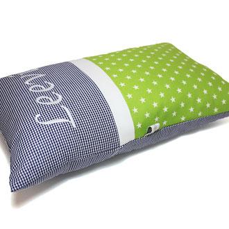 Kissen mit Name Sterne grün