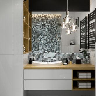 Projekt wnętrza łazienki z kolorową mozaiką