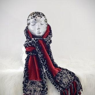 Foulard en laine et fourrure synthétique des Les Fouloups
