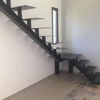 escalier droit avec palier intermédiaire
