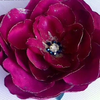 Accessoire coiffure fleur en tissu de soie réalisation fait main
