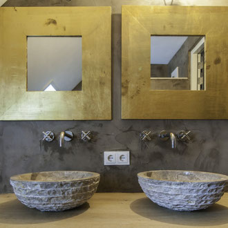 Beton Cire Betonputz Küche bad dusche wand boden möbel oberfläche keuken muur fugenfrei glatt elegant wasbak