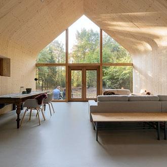 Beton Cire Betonputz Küche bad dusche wand boden möbel oberfläche keuken muur fugenfrei glatt elegant  vloer