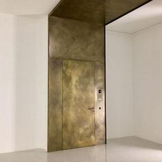 Metall putz gold bronze silber rost küche Keuken wohnen wonen statement charakter interior architektur luxus elegant robust wohnzimmer extra