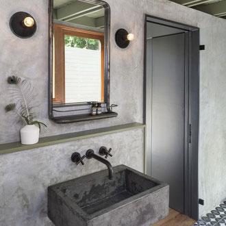 Betonlook Farbe mit pinsel einfach schnell diy Kamin wand boden treppe holz fliesen waschbecken