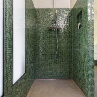 Beton Cire Betonputz Küche bad dusche wand boden möbel oberfläche keuken muur fugenfrei glatt elegant mit fliesen