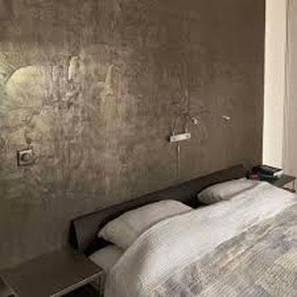 Metall putz gold bronze silber rost küche Keuken wohnen wonen statement charakter interior architektur luxus elegant robust schalfzimmer