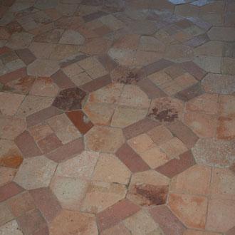 Dallage en terre cuite, Musée des Métiers