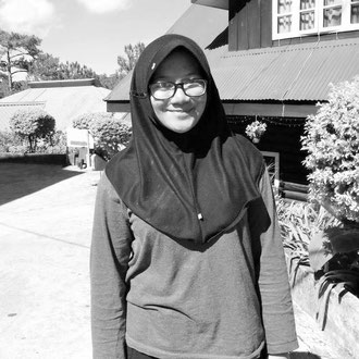 Masya (19), student of International Relations from Indonesia