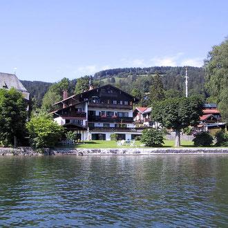 Haus Seefried mit Liegewiese und direkter Zugang zum See