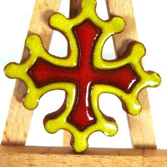 Magnet Croix occitane diamètre 5 cm émaillé jaune et rouge