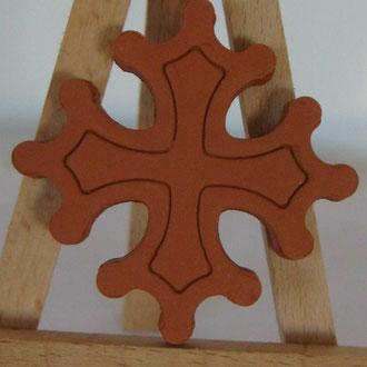 Magnet Croix Occitane diamètre 5 cm terre cuite