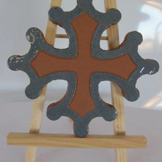Croix occitane plate diamètre 14.5 émaillé extérieur gris