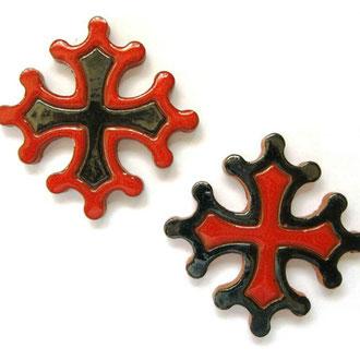 Magnet Croix Occitane diamètre 5 cm émaillé rouge et noir