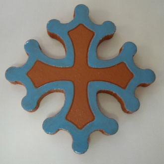Croix Occitane plate diamètre 14.5 émaillé bleu clair