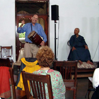 2008 - Walter Witkowski holding Bhau's attention