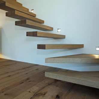 Fendt Holzgestaltung Treppenstufen
