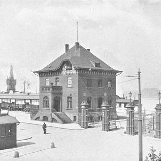 Mülheimer Hafen Zollamt, um 1909.