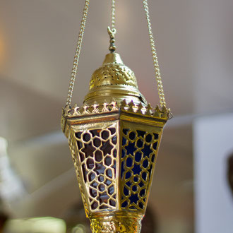 Orientalische Lampe mit Sternenmuster zum Aufhängen - CASAORIENT Stuttgart