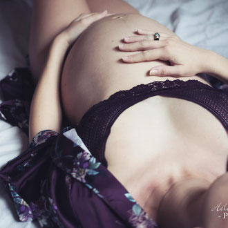 photo grossesse boudoir