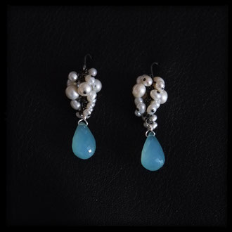 Blue-green chalcedony drops, pearls