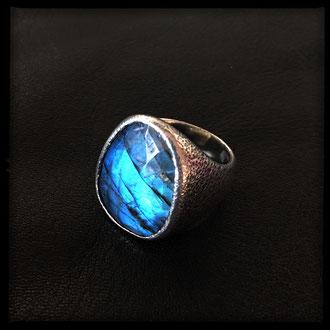 Lagoon Ring - Sterling Silver, Labradorite