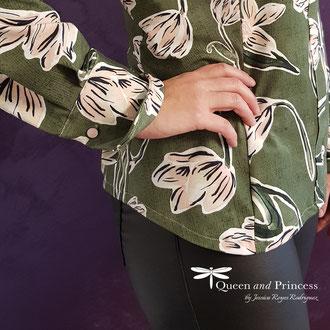 Jerseybluse, Magnolien, perfekte Kombination mit schwarzer Lederhose