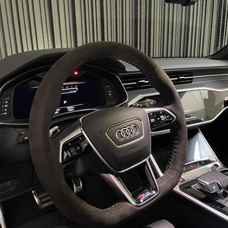 Volant Audi RS6 2021 Alcantara anthracite, point de croix, fil gris, épaississement de la jante en IV3 Aéro