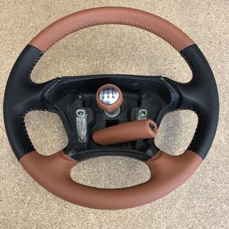 Volant cuir nappa noir perforé et Alezan Peugeot 406 Coupé, points simples