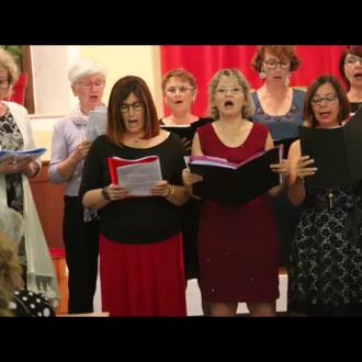 Le concert final ... chanter des chants grecs à un public grec, un défi et un succès !