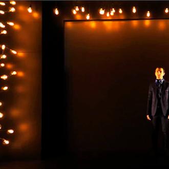 De Passage. Scénographie Eric Charbeau, Philippe Casaban . Mise en scène Johanny Bert. Texte de Stéphane Jaubertie. CDN Montluçon, Le Fracas.