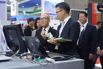 Mr. Siri, Minister of Energy visited JASE-W