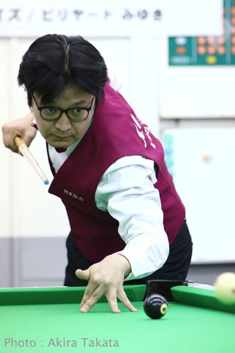 Kazufumi Otsubo photo :  Akira TAKATA