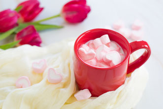 氷のうえのペンギンの群れたち。